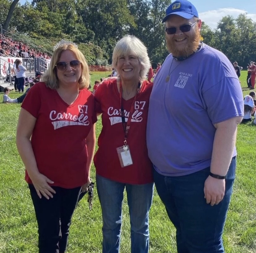 After her crowning as the 2021 faculty homecoming queen, Mrs. Janine Cahill (right) hung out with former faculty queen Mrs. Diane Gimpel and former faculty king Mr. Devin Gallagher.